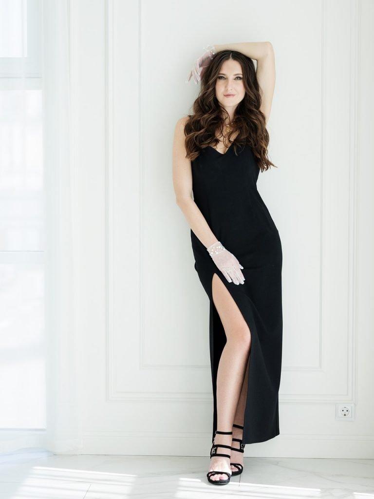 | Page 12 - Little black dress